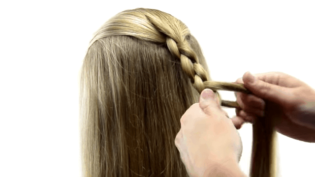 10 Magnificent Four Strand Braids For Trendy Women