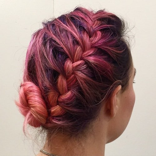 25 Stunning Messy Buns For Short Hair 2020 Trends