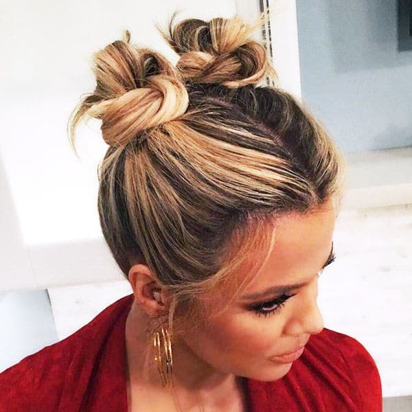 20 Stunning Messy Buns For Short Hair