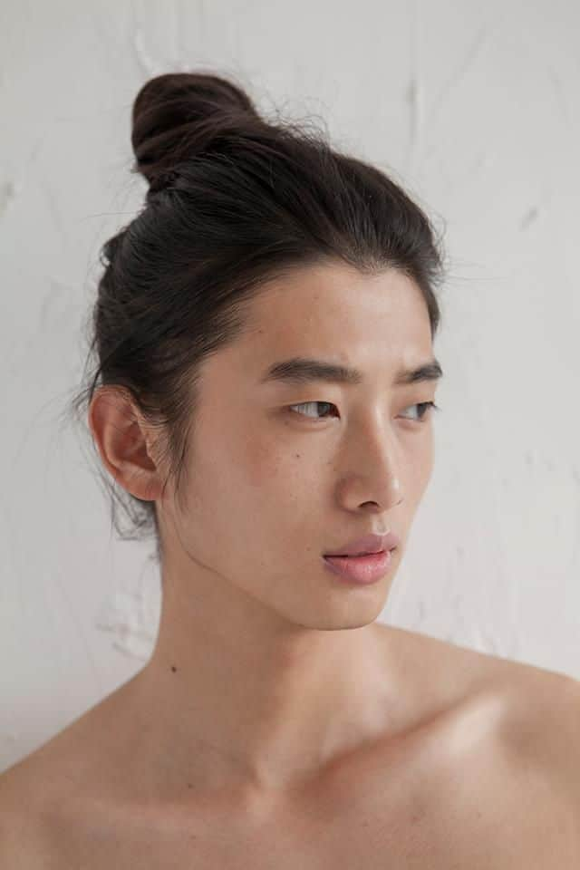12 Irresistibly Long Hairstyles for Asian Men – HairstyleCamp