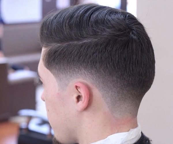 Diy how to do a taper fade without any hassle after all you can always go to the barber shop to fix your hair if something goes wrong solutioingenieria Gallery
