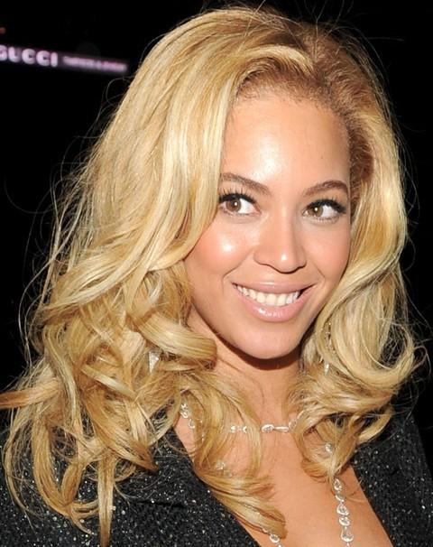beyonce-blonde-hairstyles-7