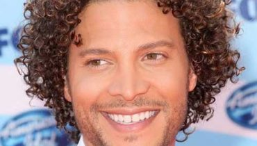 20 sensuous curly haircuts hairstyles for men 2017 how to get curly hair for black men fast urmus Images