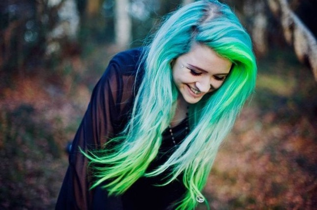 12 modern blue and green hair colors we love spring green highlights on light blue hair pmusecretfo Image collections