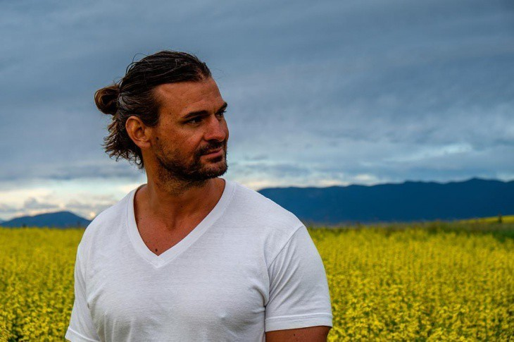 15 Classy Man Buns You Can Style In Minutes Hairstylecamp