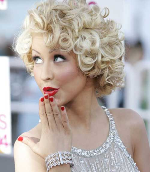5 Appealing Curly Hairstyles With Blonde Hair - HairstyleCamp