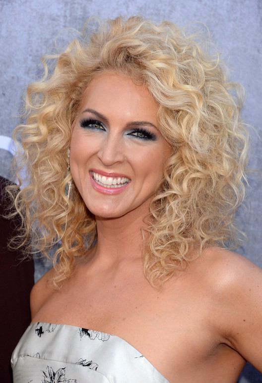 Nice curly with blonde hairstyle for women