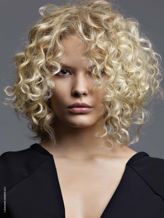 Girl Curly bob with blonde hairstyle