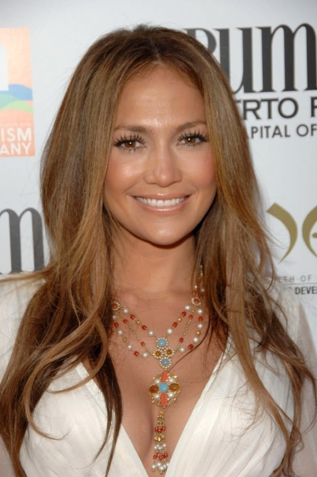 Sleek and Straight Jennifer Lopez Hairstyles