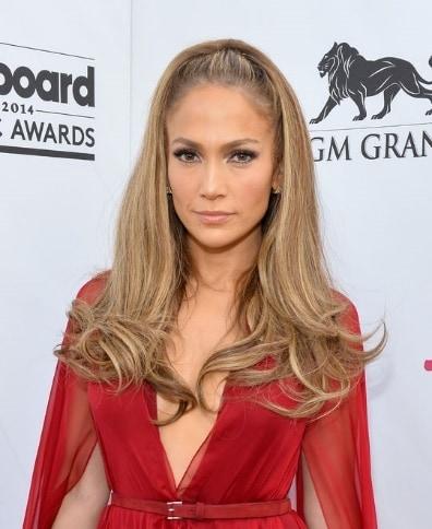 Jennifer Lopez half up -down haircut