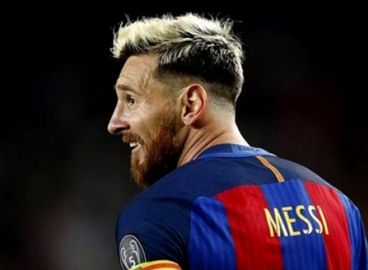 Messi faux hawk style