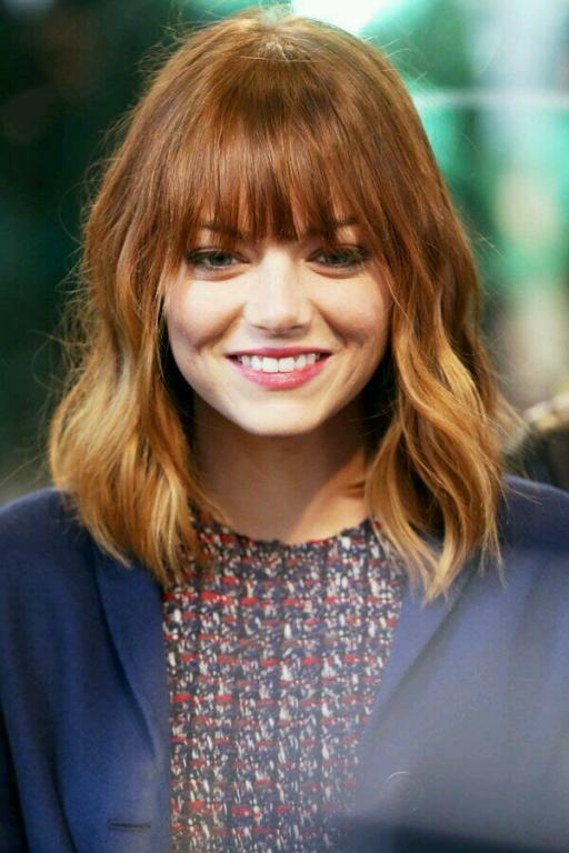 women medium hair with Ombre bangs cut