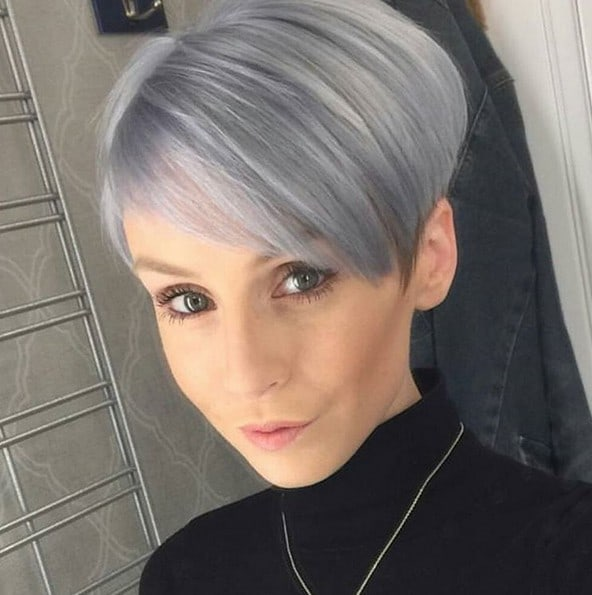 10 Striking Short Silver Hair to Make You Look Young
