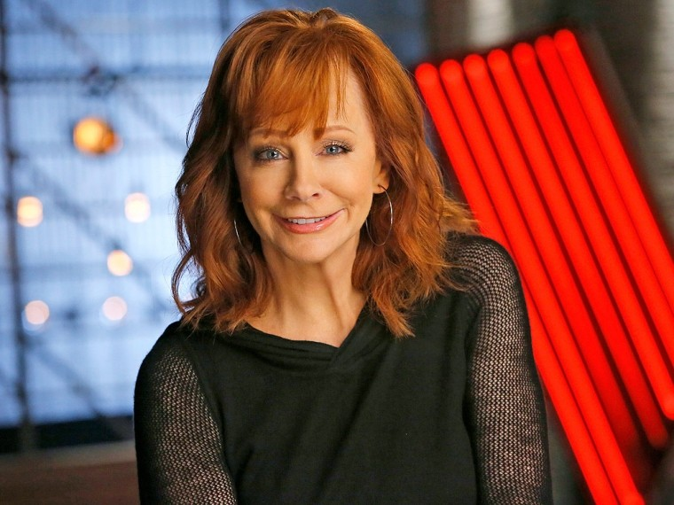 7 Reba Mcentire Hairstyles For Women Over 40