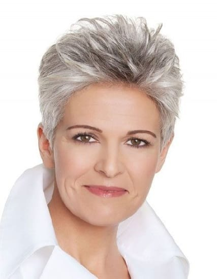 This hairstyle looks great for women with fine hair over 50 with all types of textures. It also works well with textures such as thick and thin hair.