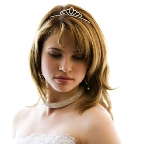 30 Tantalizing Wedding Hairstyles for Medium Length Hair