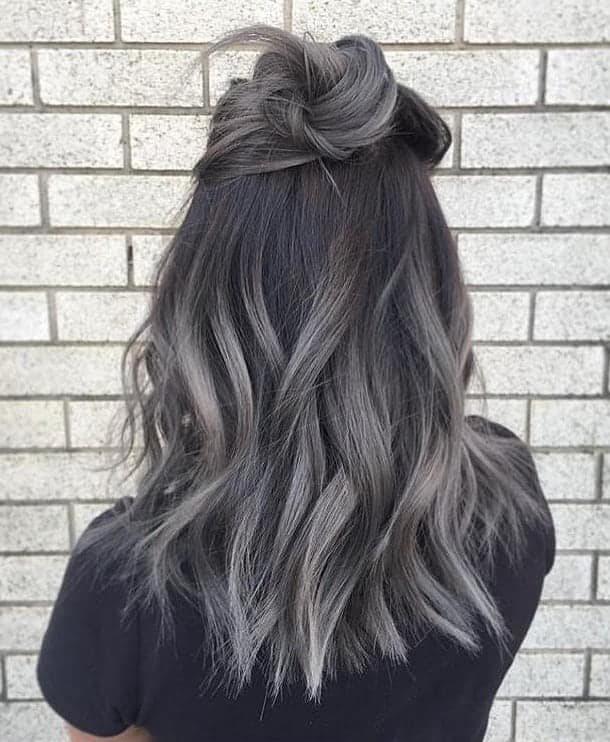 20 Hypnotic Ash Grey Hairstyles To Grab Attention