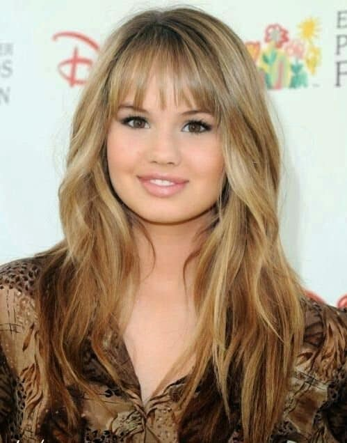 20 Most Flattering Bangs For Round Faces 2021 Trends