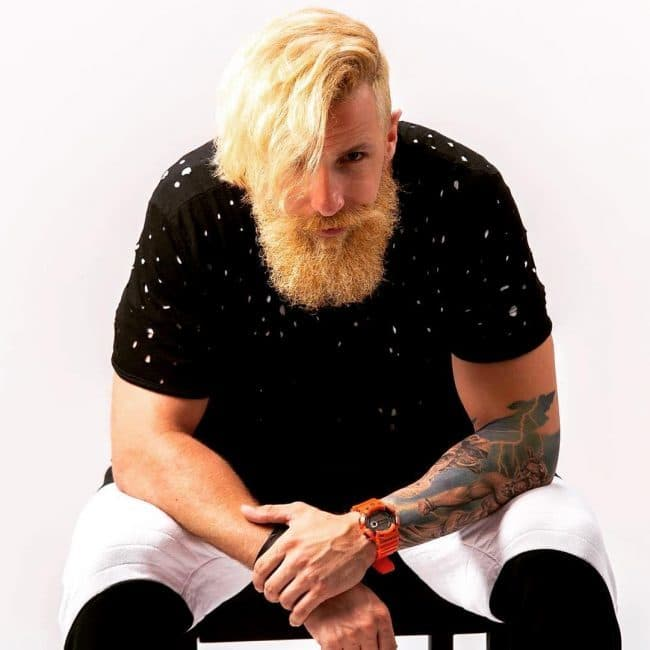 Mid-Length blonde bead style for men