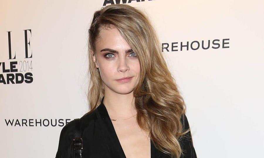15 Splendid Blonde Hairstyles With Brown Underneath 2019