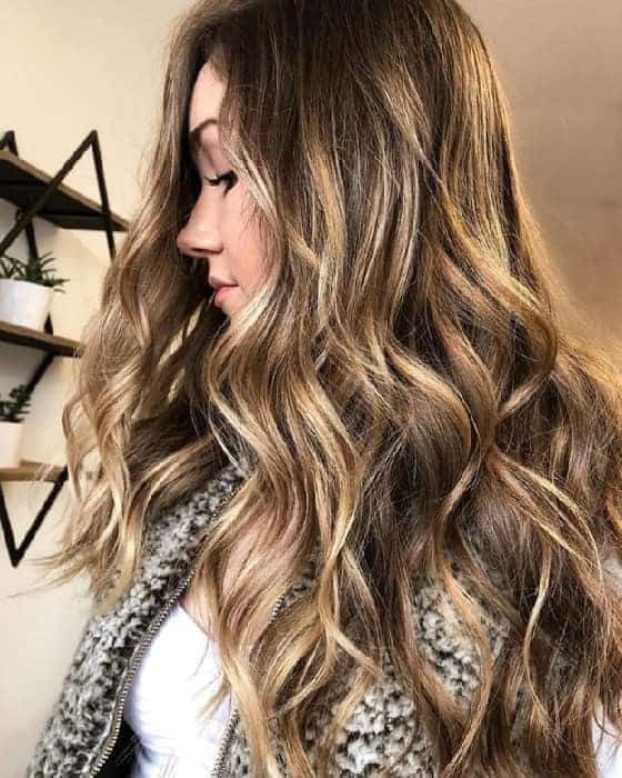 Blonde Highlights On Curly Hair Trendy Ideas To Try Hairstylecamp
