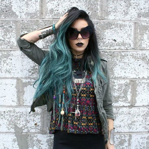 20 brilliant blue ombre hair for brave chicks hairstylecamp blue ombre hair solutioingenieria Choice Image