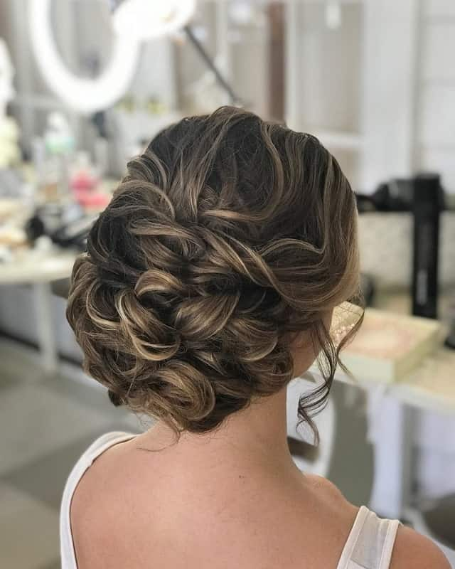 101 Best Bridesmaid Hairstyles for A Perfect Wedding – HairstyleCamp