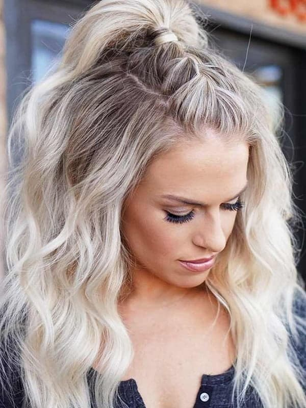21 Chicest Casual Hairstyles That Will Set You Apart