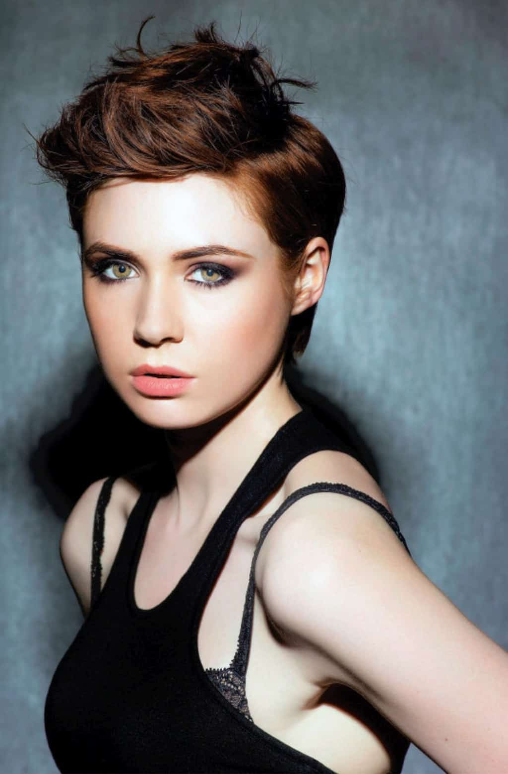10 Celebrities With Short Hair You Need To Check Now
