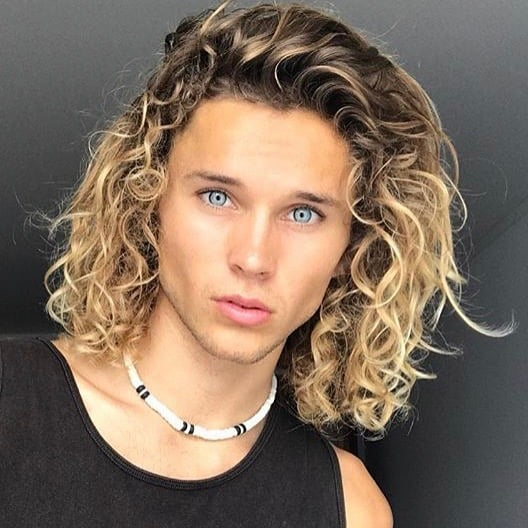 120 Awesome Curly Hairstyles For Men 2019 Hairstylecamp