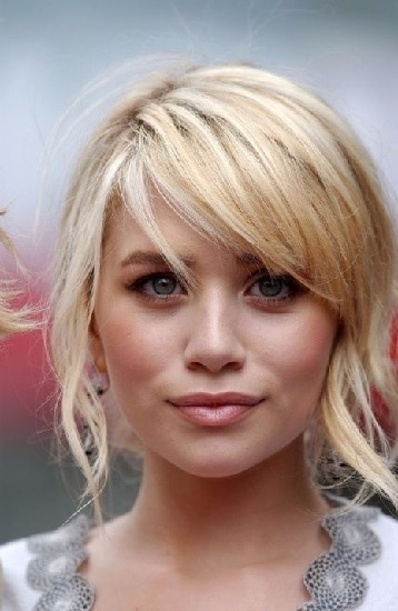 25 Ridiculously Cute Front Haircuts For Indian Women