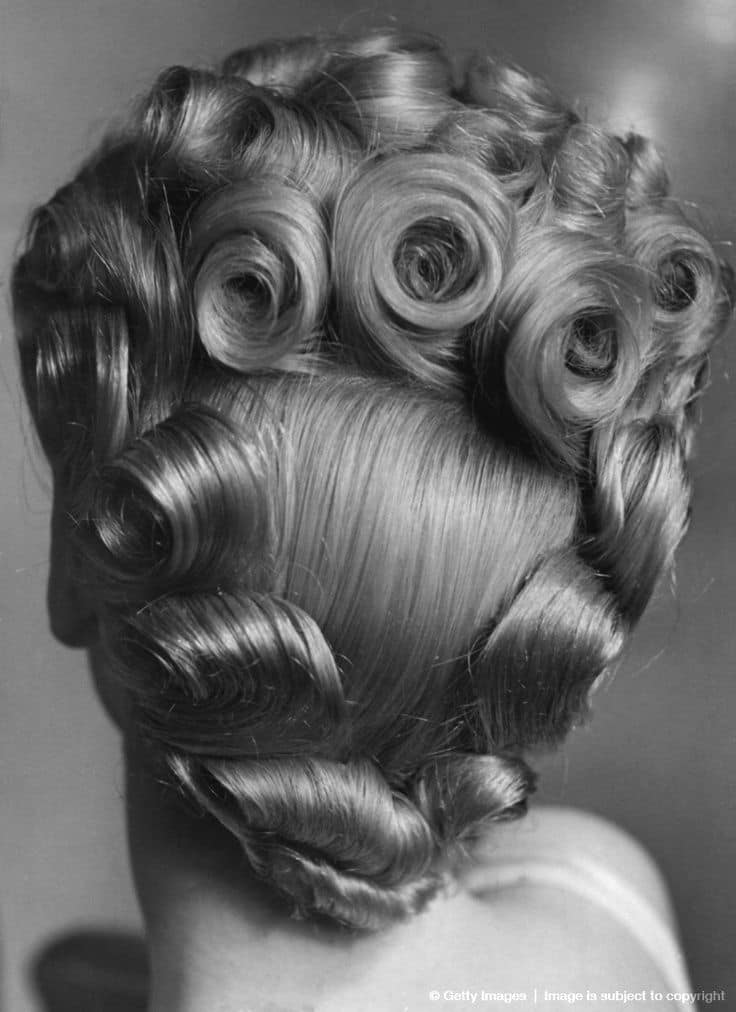 20 Sensational Pin Curls On Black Hair That Rock