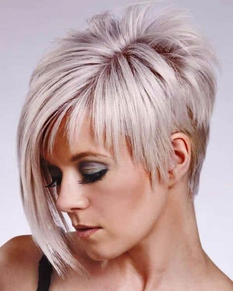 asymmetrical edgy hairstyle for short hair