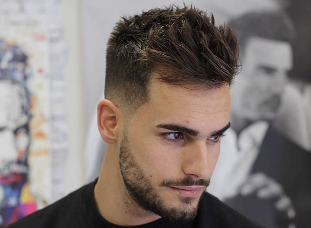 15 Incredible Feathered Hairstyles For Men To Try In 2020