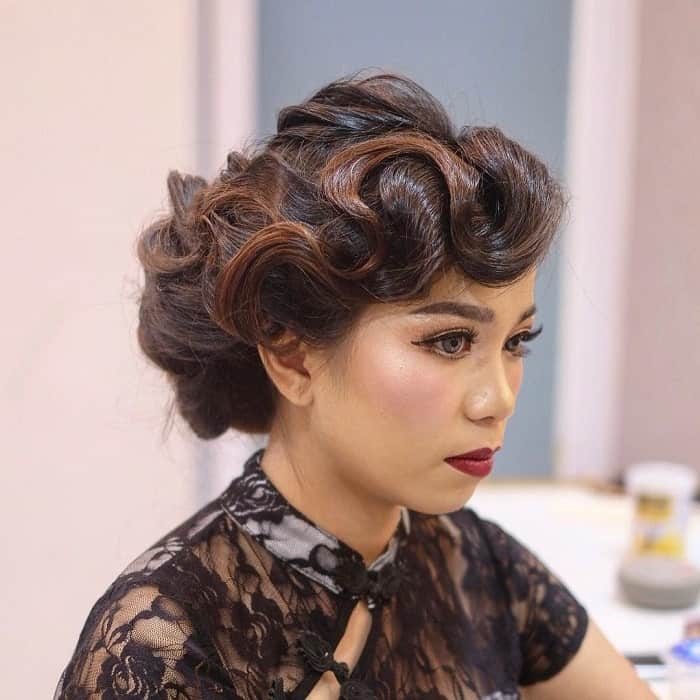 21 Fabulous Finger Wave Hairstyles for Long Hair