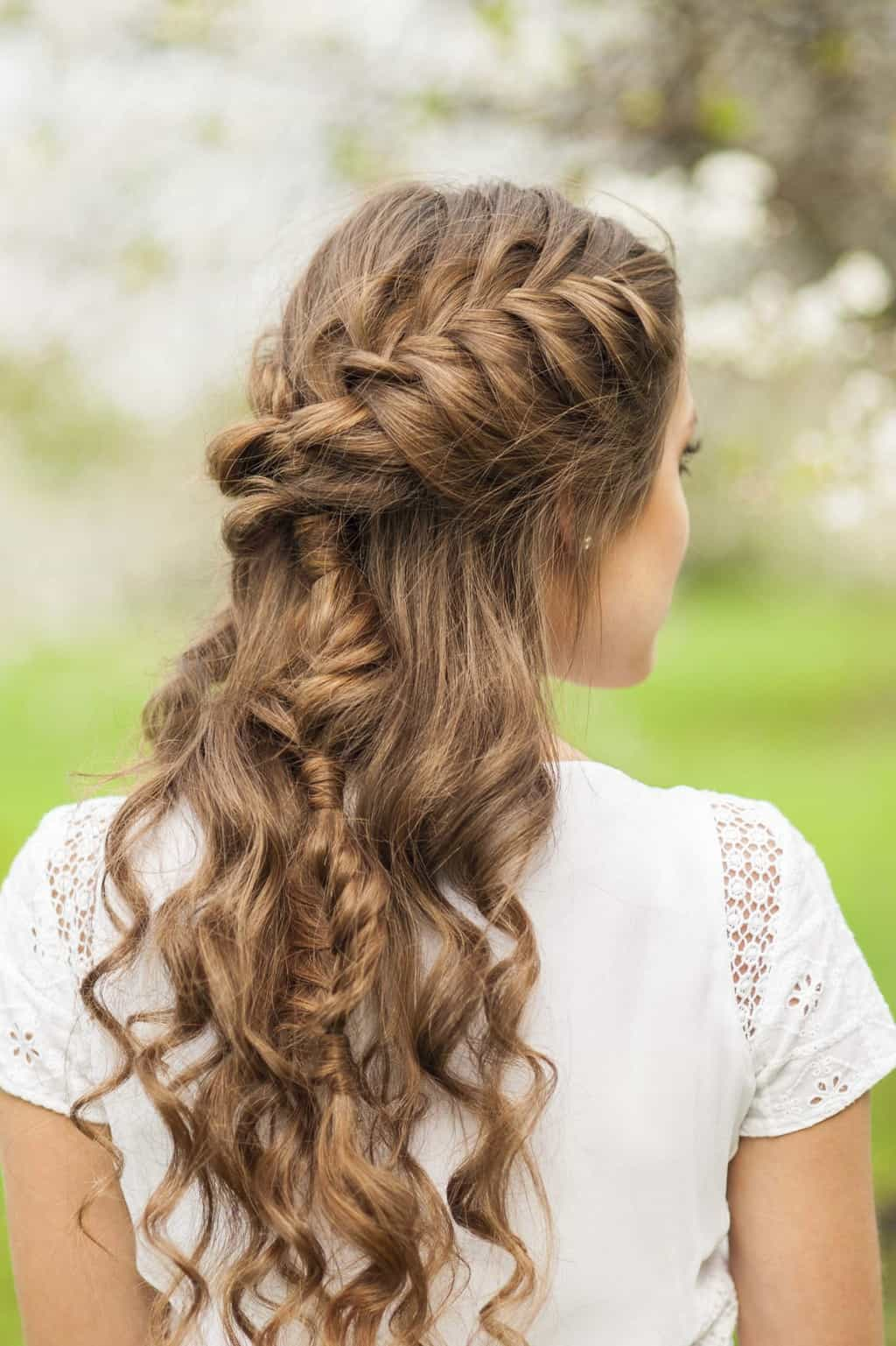 10 Elegant French Braids To Wear With Curly Hair