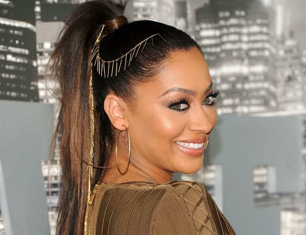 7 Engaging Genie Ponytail Hairstyles For Women