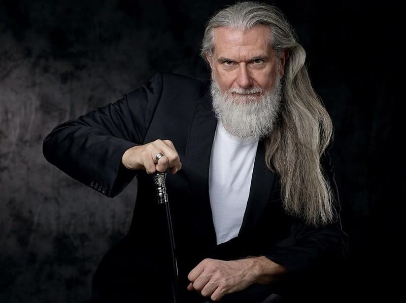 12 Elegant Grey Beard Styles That Ll Set You Apart 2020