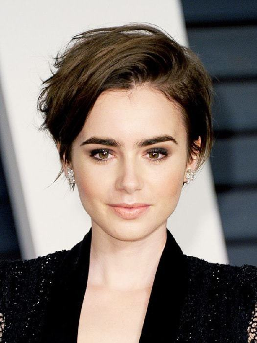 20 Of The Coolest Hairstyles For Women With Smaller Face