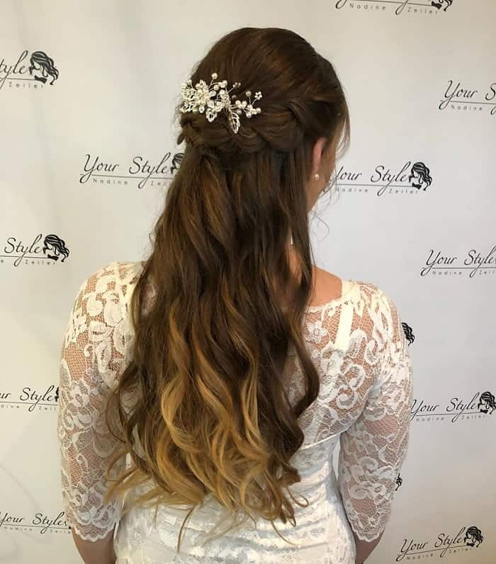 60 Stylish Hair Down Looks For Your Wedding Trending For 2020
