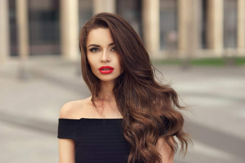 10 Charismatic Long Layered Wavy Hairstyles For Women