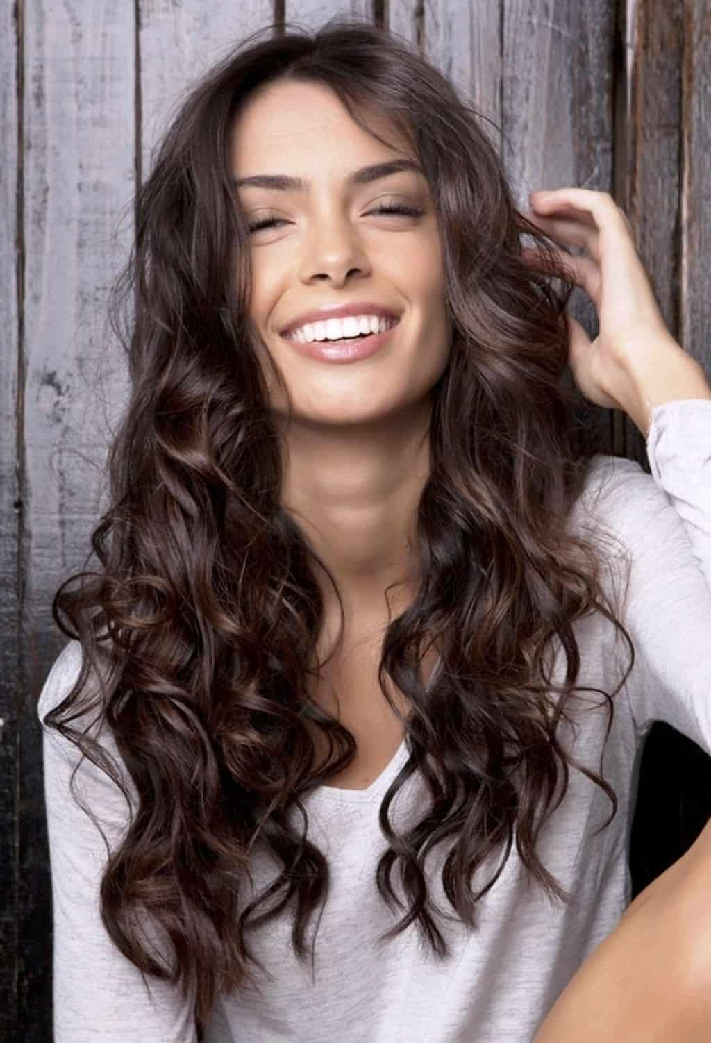 10 Amazing Styling Hacks For Long Thick Curly Hair