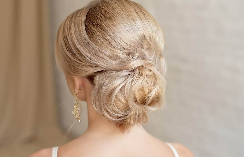 15 Low Messy Bun Hairstyles That Work For Any Hair