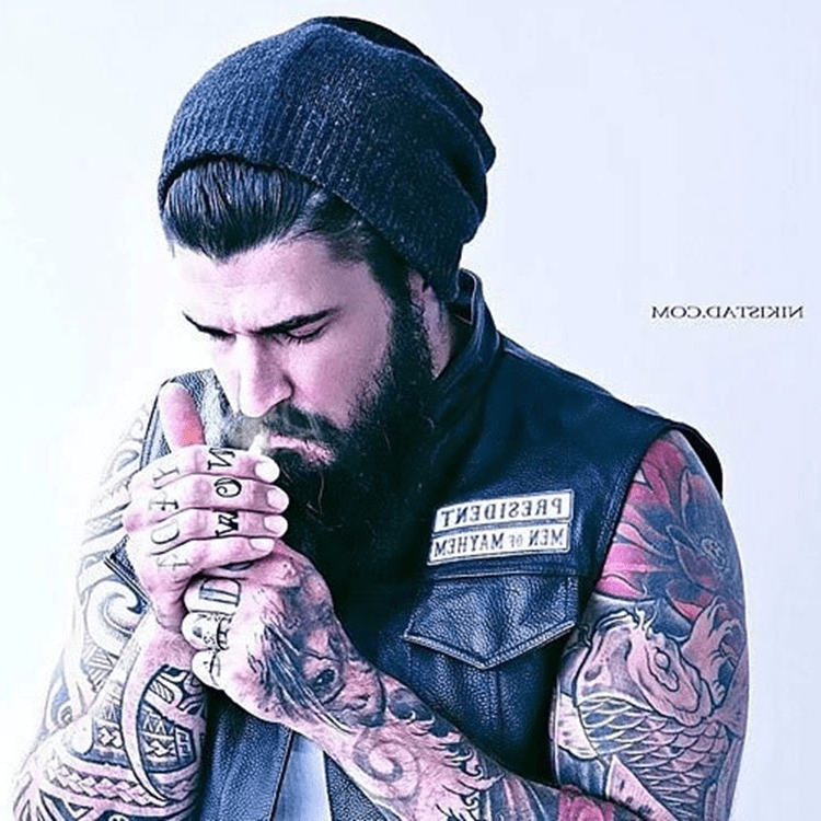 10 Mens Hairstyles Thatll Look Good With A Full Beard