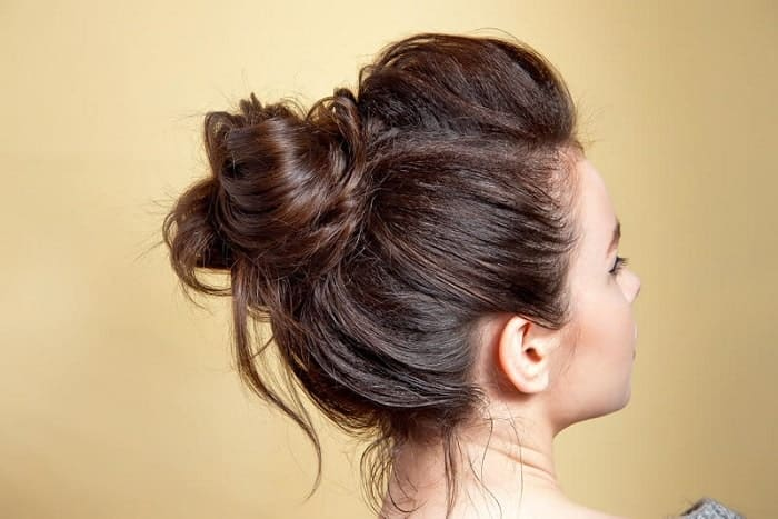 30 Top Notch Messy Buns For Women With Long Hair