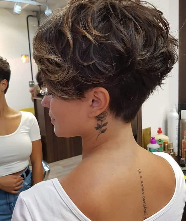 15 Spectacular Short Messy Hairstyles For Women 2020