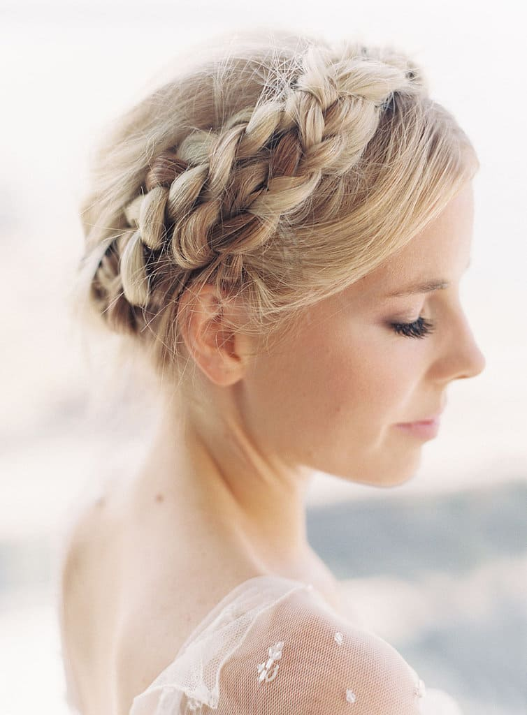 Exotic Milkmaid Braids Youll Ever Need HairstyleCamp - Diy hairstyle knotted milkmaid braid