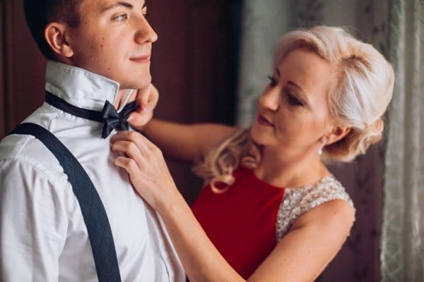 20 Blissful Mother Of The Groom Hairstyles To Make You Gasp