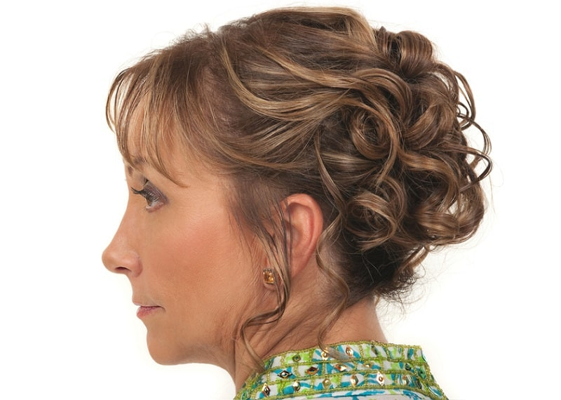 35 Best Hairstyles For Older Women 2021 Guide