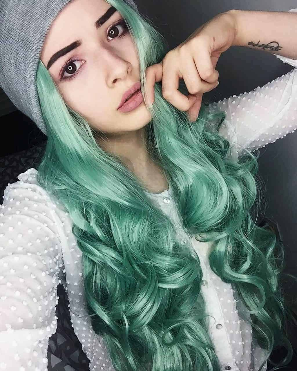 The Best Pastel Green Hairstyles To Try In 2020